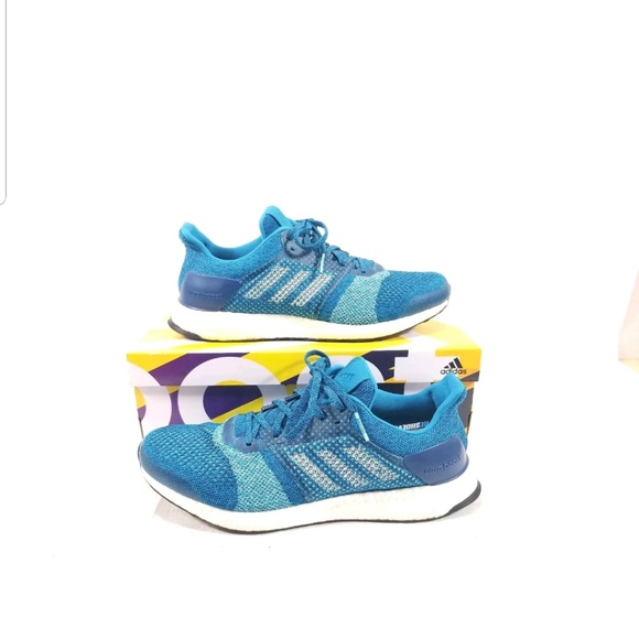 check out 6373b 9febc Adidas Men's Ultra Boost